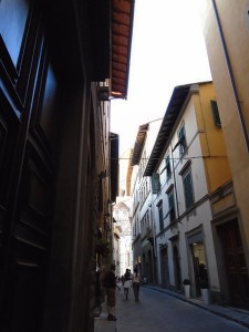 Narrow Florentine street near the cathedral.